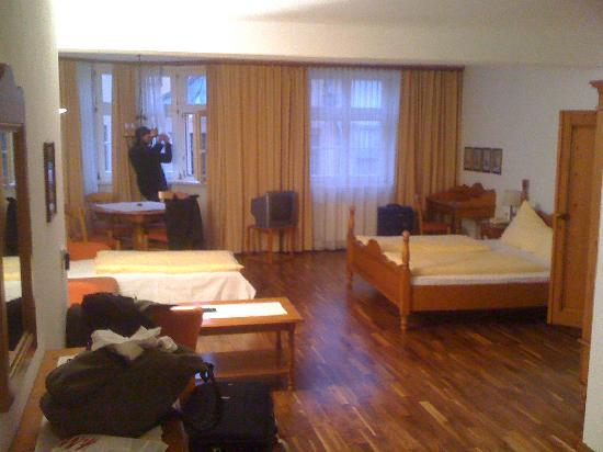 Altstadthotel Weisses Kreuz: One angle of the room, which was larger than it appears