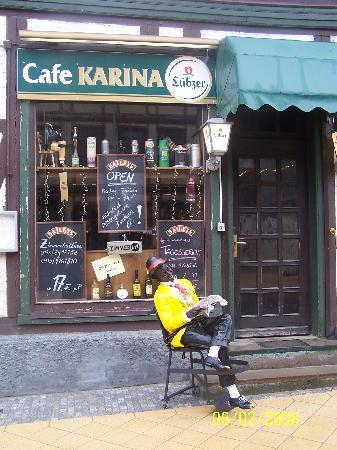 Cafe-Pension Karina: So siehts von draußen aus- einfach nur urisch :-)