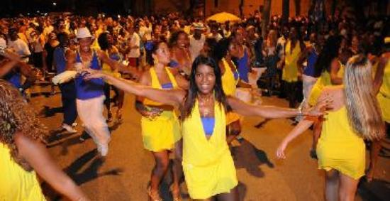 Samba Dancing