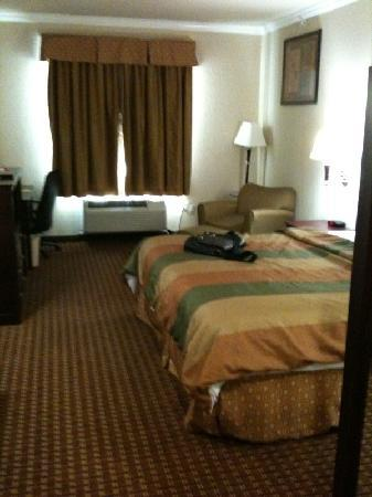 Super 8 Iah West/Greenspoint: Room