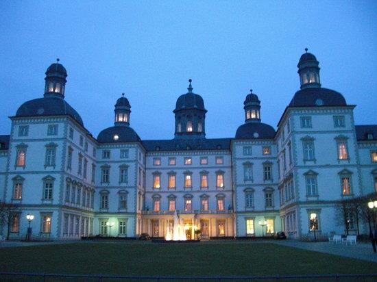 Althoff Grandhotel Schloss Bensberg: extérieur
