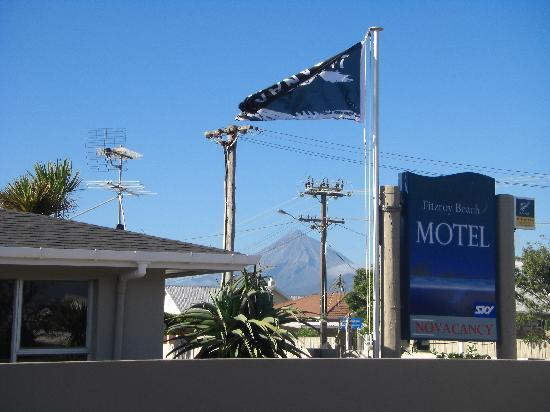 New Plymouth, Nieuw-Zeeland: View of Mount Taranaki from motel