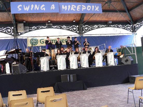 La Maison des Consuls: Big band