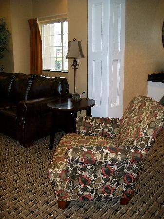 Microtel Inn & Suites by Wyndham Scott Lafayette: Lobby