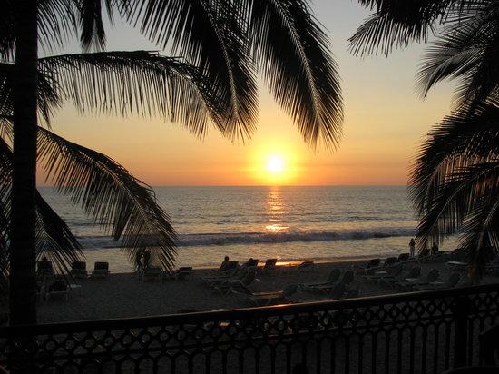 Hotel Riu Jalisco: Sunset