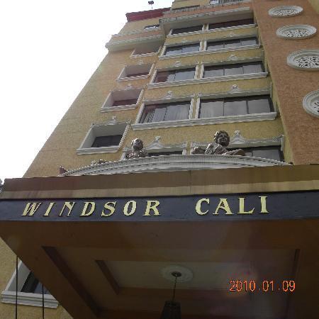 Windsor Plaza Hotel: D