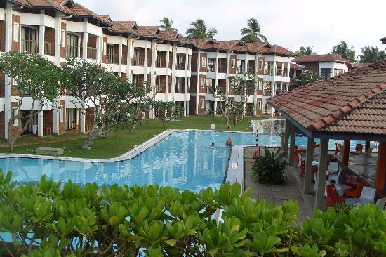 Club Hotel Dolphin: Large pool