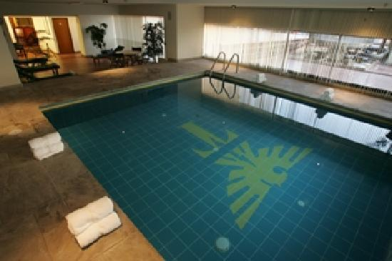 Thunderbird Hotels Fiesta Hotel & Casino: Piscina