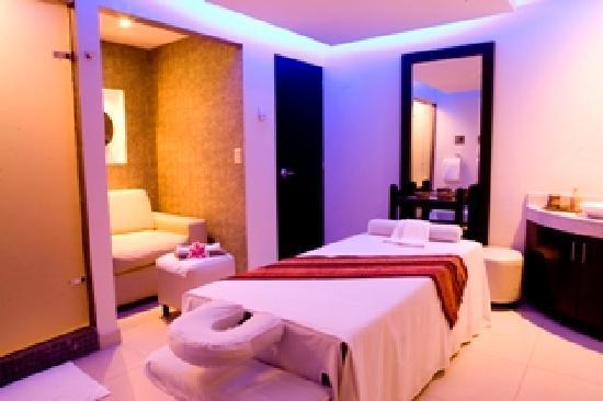 Thunderbird Hotels Fiesta Hotel & Casino: Zaphira Spa