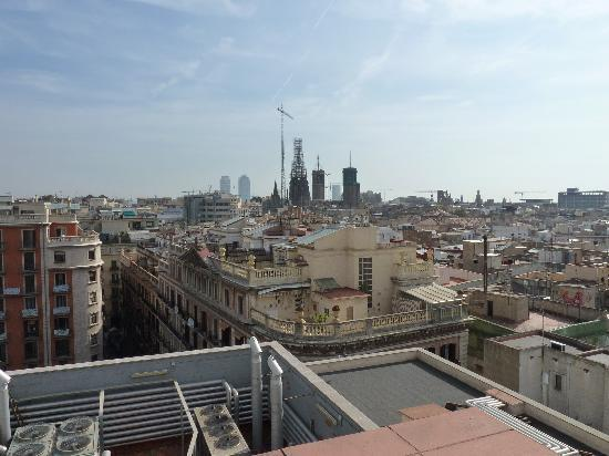 Hotel Montecarlo Barcelona: View from the roof
