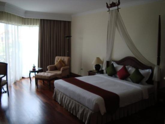 Angkor Palace Resort & Spa : Angkor Wat Resort & Spa Siem Reap