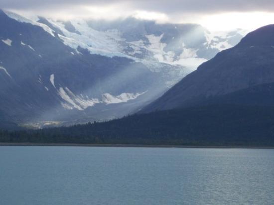 Ketchikan, AK: Sunbeam in Glacier Bay...it doesn't rain all the time