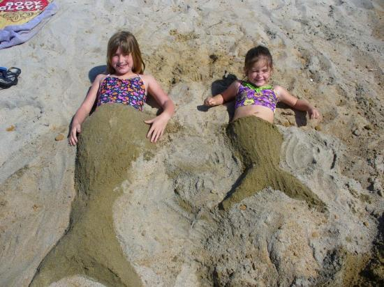 Encinitas, CA: check out these cute little mermaids that washed up on shore...