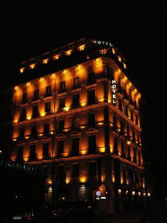 The Hotel Romanico Palace at night