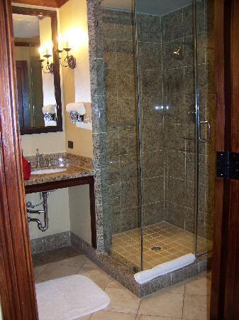 Rough Creek Lodge: Bathroom Shower