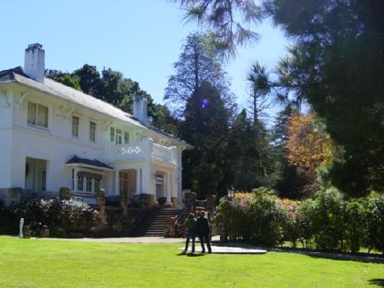 "Leura, أستراليا: ""leuralla"" house"