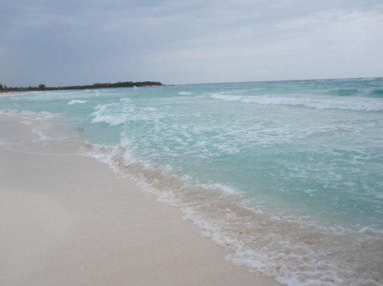 Xpu-Ha, Mexico: white sandy beach