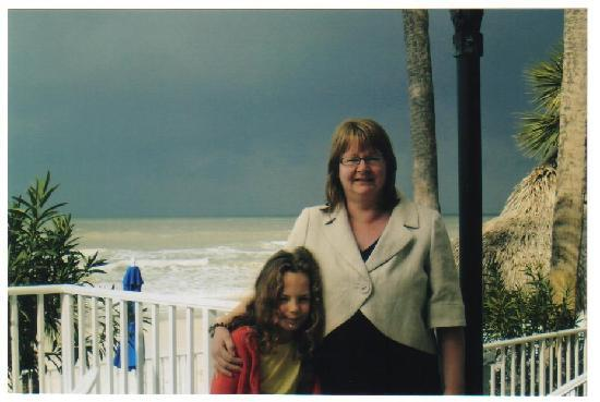 North Redington Beach, Floryda: Family at beach on a stormy day - still beautiful
