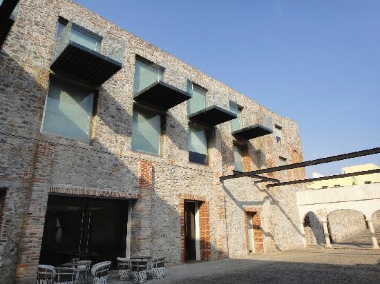 La Purificadora: Old facade