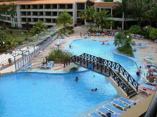 Club Amigo Marea del Portillo: Hotel pool