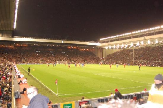 Anfield Stadium: Liverpool, UK Underbart!