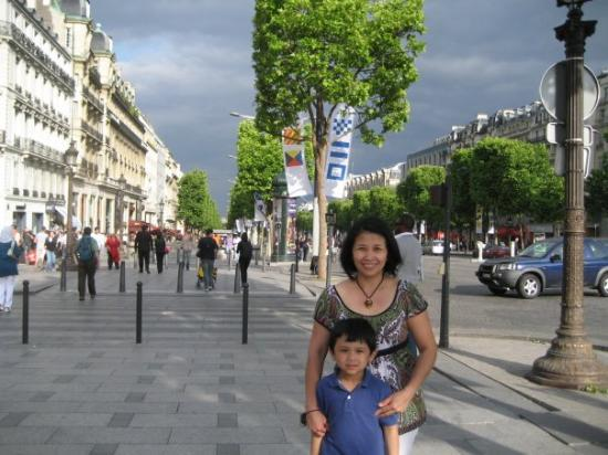 Champs-Elysees: Champs Elysees