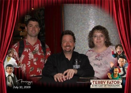 Terry Fator - The Voice of Entertainment: My aunt and I met Terry Fader the famous ventriloquist who won Americ'a got talent.