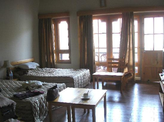 My room with a balcony at Punatsangchhu Cottages