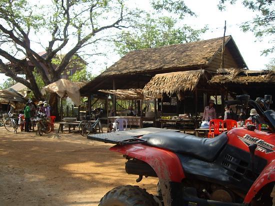 Quad Adventure Cambodia Siem Reap: Village drink stop