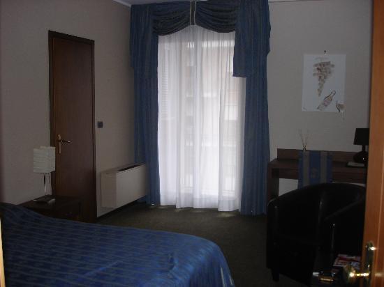 Villa San Carlo Hotel: Room