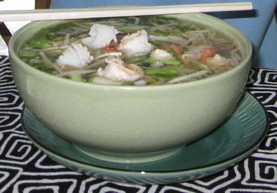 Good Dream Guesthouse : Noodle soup with bean sprouts/prawns and sotong