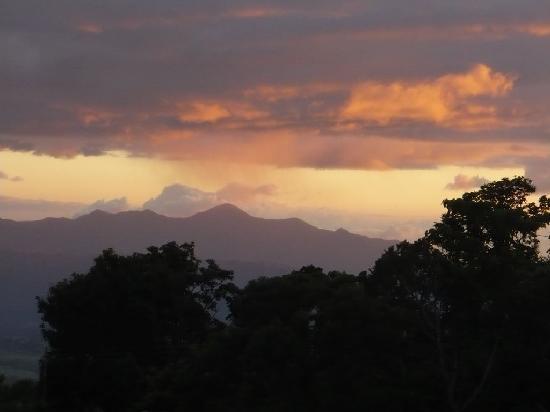 Hotel Mango Valley: sunset