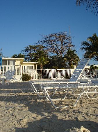 Bonefish Resort: View of Oceanfront Room