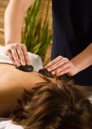 The Bourget Inn & Spa Resort: Spa Resort Hot Stone Massage