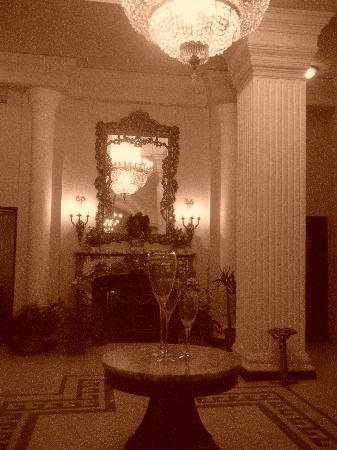 Cosmopolitan Hotel : un charme désuet