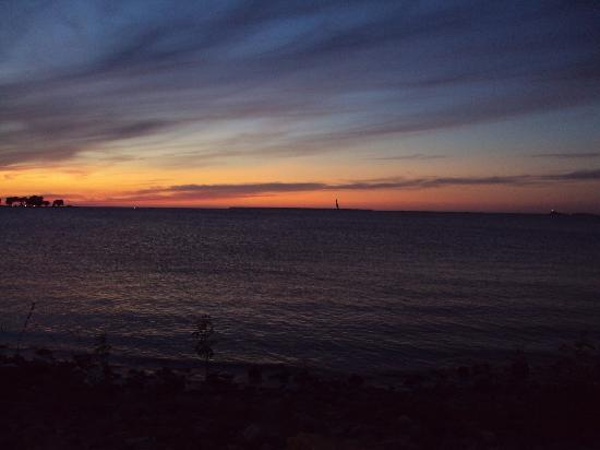 Egg Harbor, WI: Sunset View from the Alpine