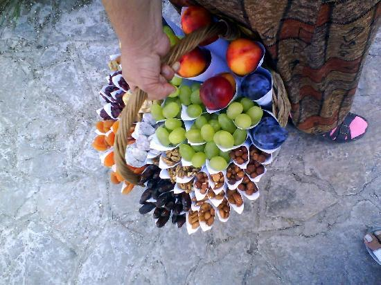 Fruits of Pocitelj/ warm welcome