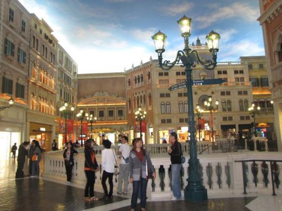 Casino at Venetian Macao: looks familiar?