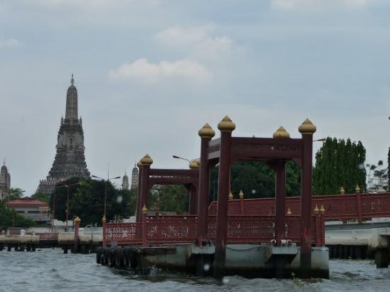 Wat Arun-tempelet: Wat Arun, tempel van de Dageraad