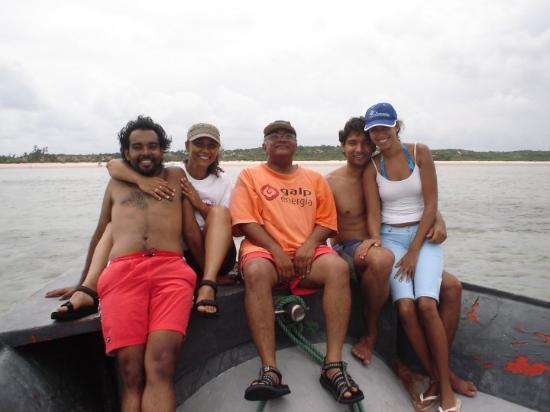 Νησί Μπαζαρούτο, Μοζαμβίκη: Aventura!. Manecas (aliás, Tio Manecas) e o primoso Guli ;-)