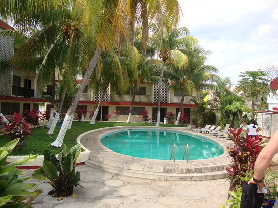 Don Luis: pool hotel