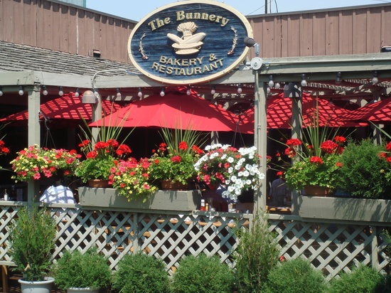The Bunnery Bakery & Restaurant : Our Front entrance and Deck (Summer)