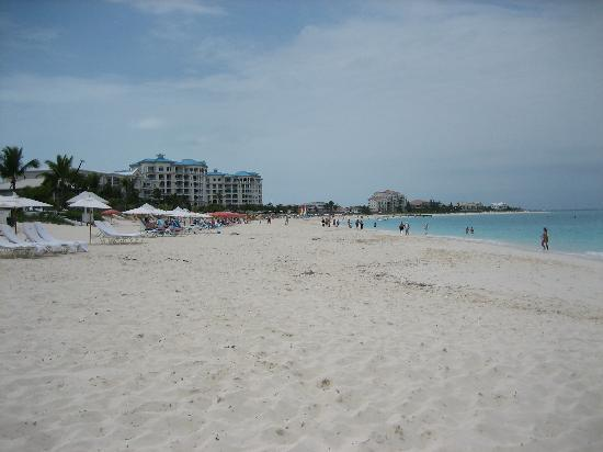Alexandra Resort: the beach is never crowded