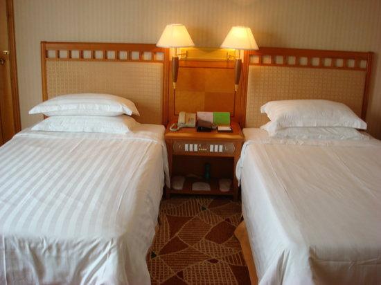 2000 Years Hotel