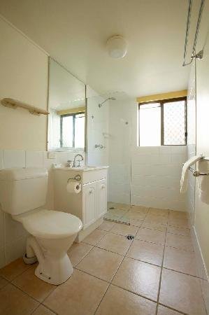 Wolngarin Holiday Resort Noosa: Bathroom