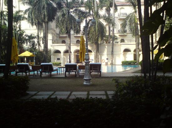 The Oberoi Grand: View accross the pool