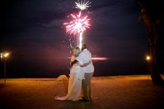 Coconut Cove Resort and Marina: First Dance Fireworks