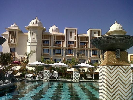 The Leela Palace Udaipur: The Pool