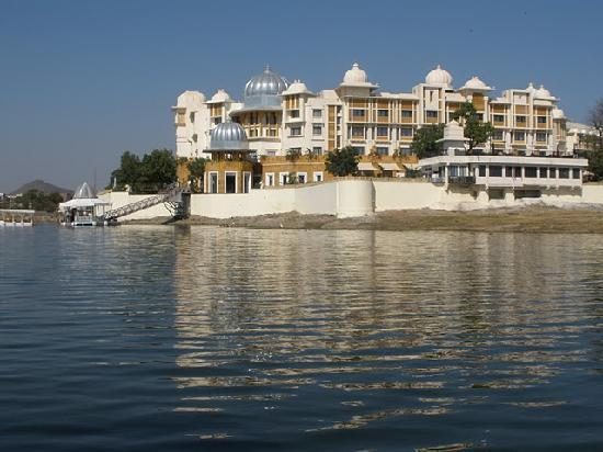 The Leela Palace Udaipur : The Hotel from the Boat