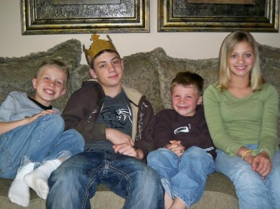 Shawnee, KS: Easter 09